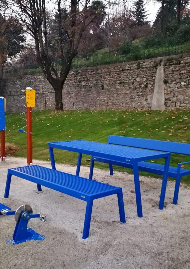 Il dono natalizio di Family Care alla città di Varese: è pronto il nuovo Parco dei Nonni